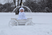 White Small Angel Carriage with gold trim