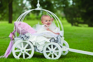 Mini Wedding Wagons Elegant Wedding Entrances For Children Adults