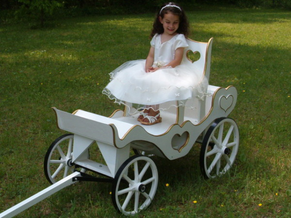 Princess Carriage Mini Wedding Wagons