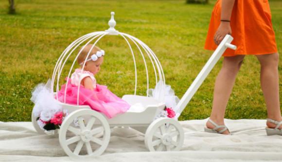 Small Angel Carriage | Mini Wedding Wagons